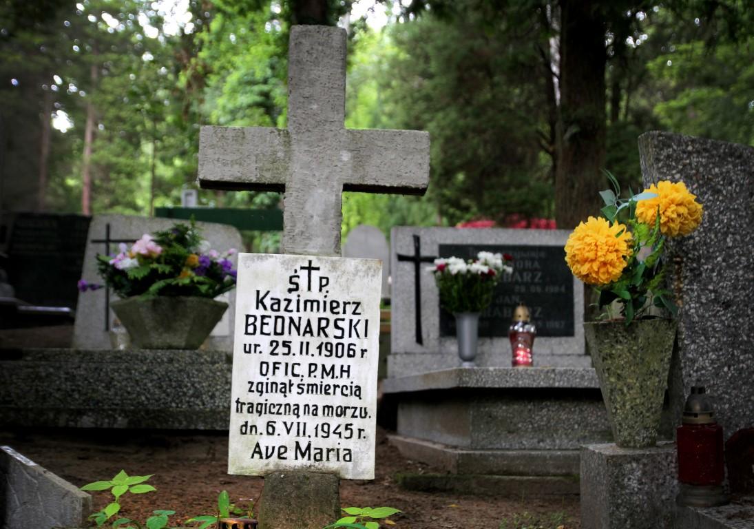 Grób szypra holownika KRAB  fot. Dworakowski